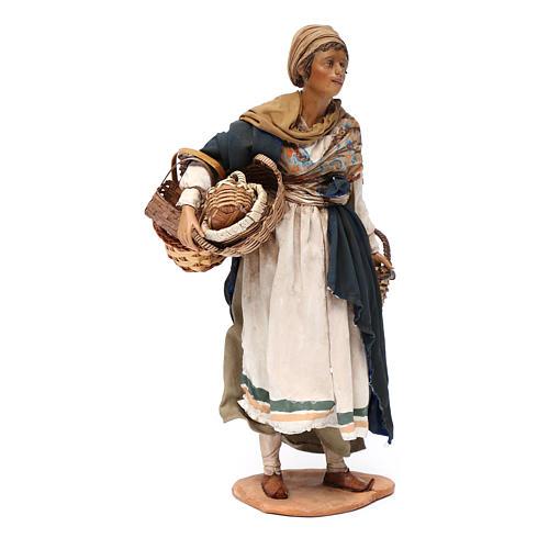 Donna con cesti 30 cm Angela Tripi terracotta 3