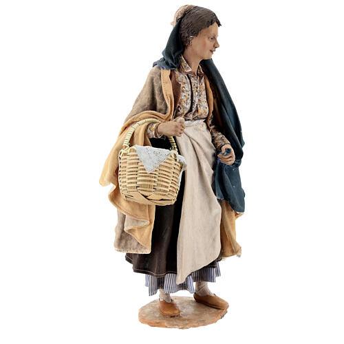 Donna con cesti 30 cm Angela Tripi terracotta 5