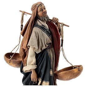 Pastore con bilancia 30 cm Angela Tripi terracotta s4