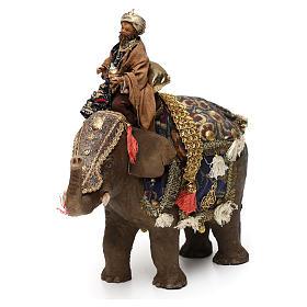 Rey Mago Negro sobre Elefante 13 cm Angela Tripi s3