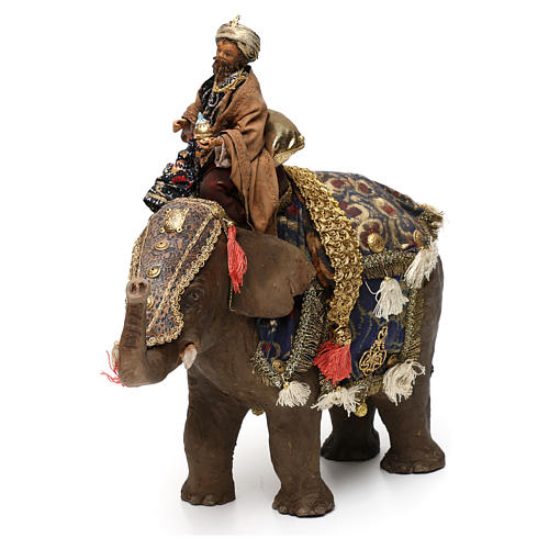 Rei Mago negro no elefante 13 cm Angela Tripi 3