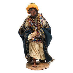 Mulatto Wise Man in terracotta, 13cm by Angela Tripi s1