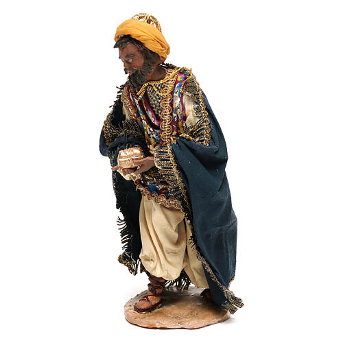 Mulatto Wise Man in terracotta, 13cm by Angela Tripi 3