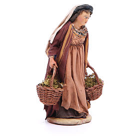 Mujer con cestas de musgo Belén 13 cm Angela Tripi terracota s4