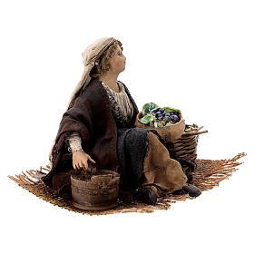 Venditrice uva e cereali 13 cm Angela Tripi s4