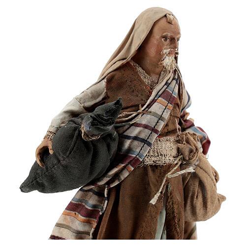 Homme aux sacs 13cm crèche Angela Tripi 2