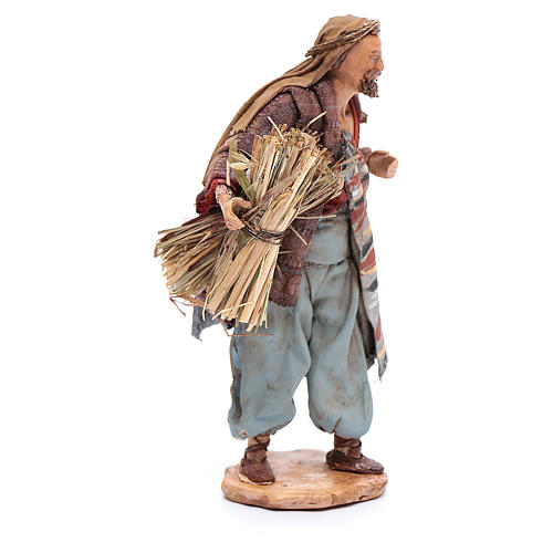 Uomo con fascine di paglia 13 cm Angela Tripi 4