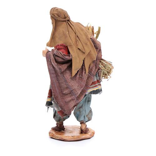 Uomo con fascine di paglia 13 cm Angela Tripi 3