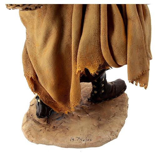 Mulatto con pecora Presepe Angela Tripi 30 cm 7