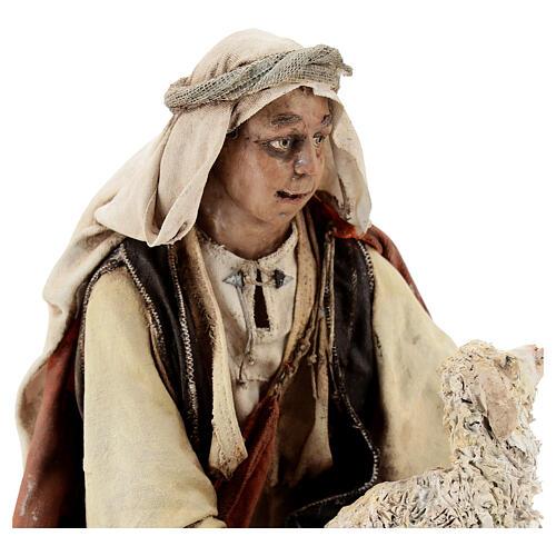 Berger à genoux avec mouton 30 cm Angela Tripi 2