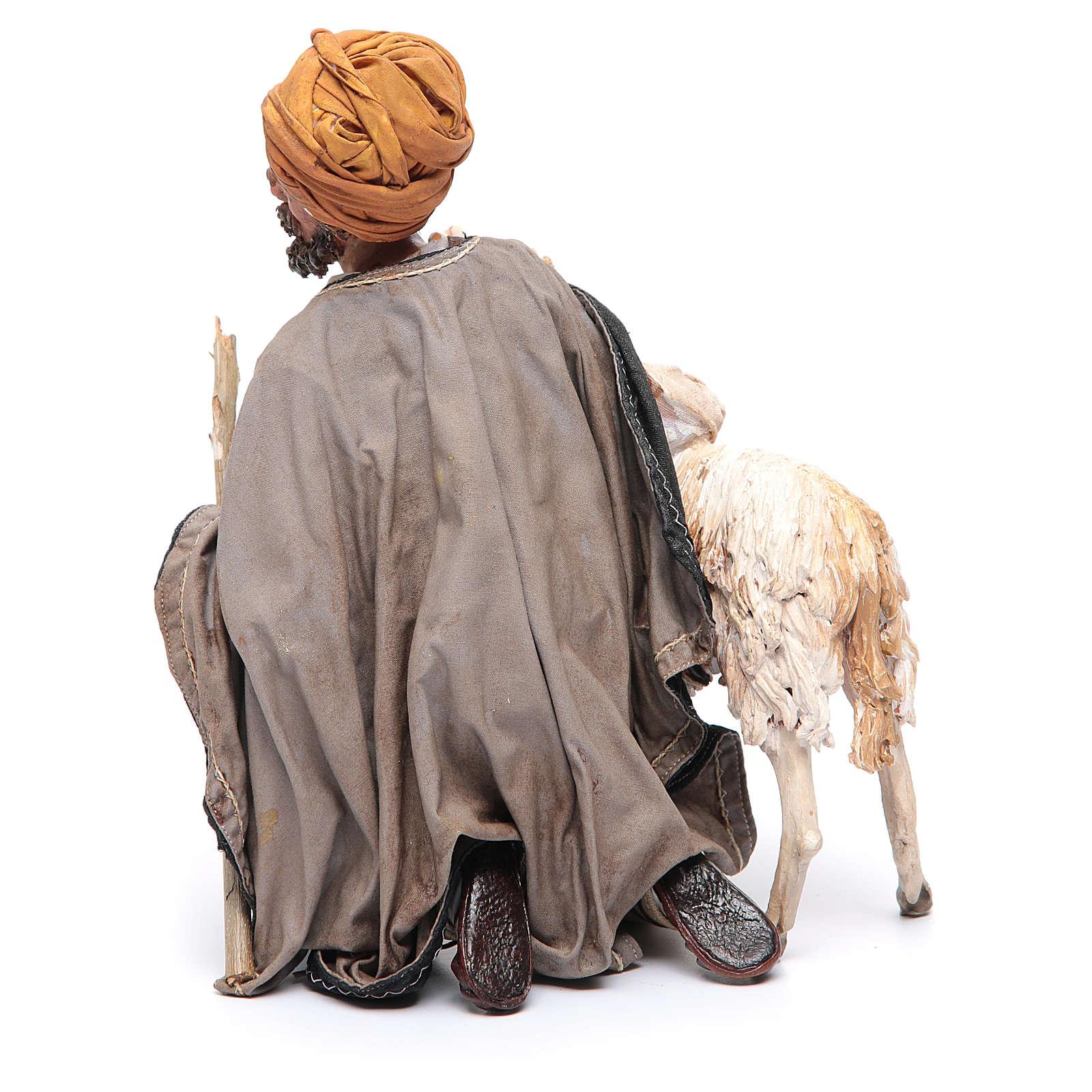 Pastore in ginocchio con pecora cm 30 Angela Tripi 4