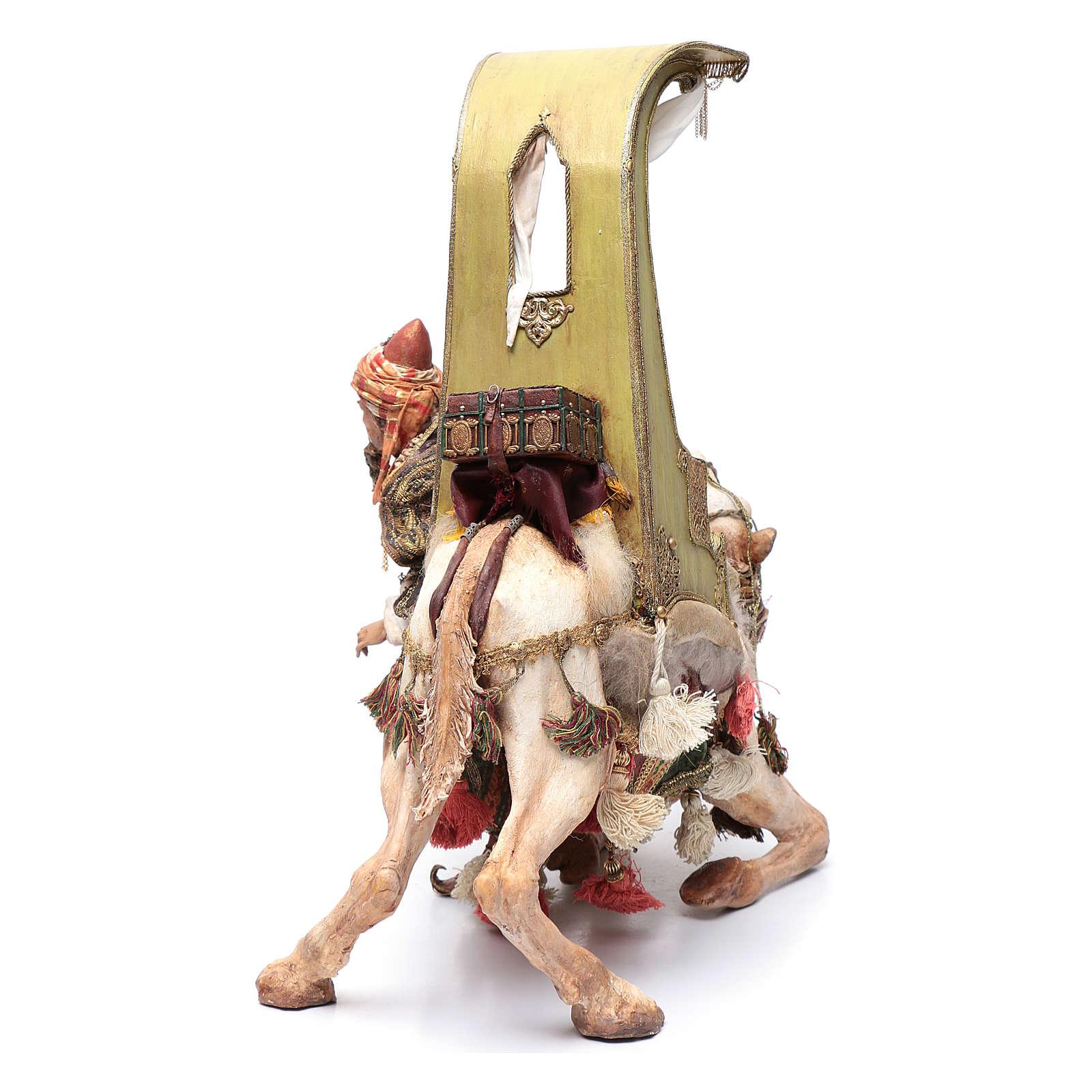 Re Magio scende dal cammello 30 cm Angela Tripi 4