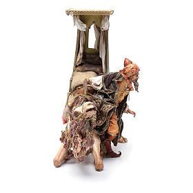 Re Magio scende dal cammello 30 cm Angela Tripi s4
