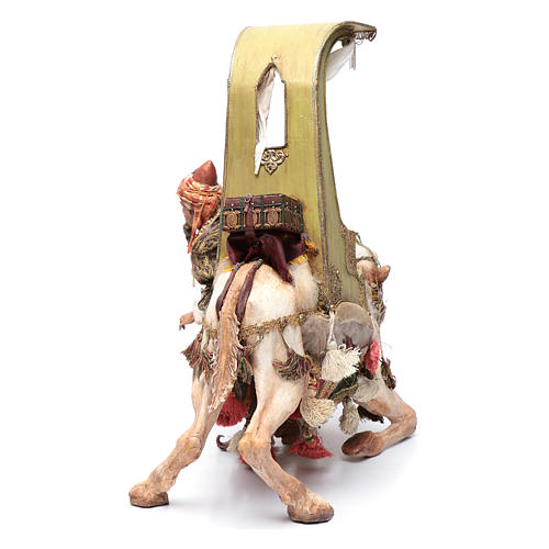 Re Magio scende dal cammello 30 cm Angela Tripi 3