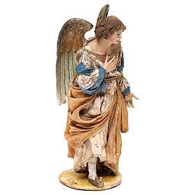 Ángel de pie adorando 18 cm Angela Tripi s4