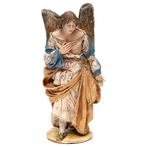 Ángel de pie adorando 18 cm Angela Tripi 1