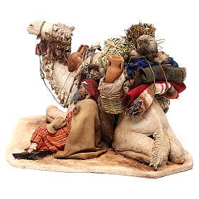 Cammello accovacciato con dormiente 18 cm Angela Tripi s5