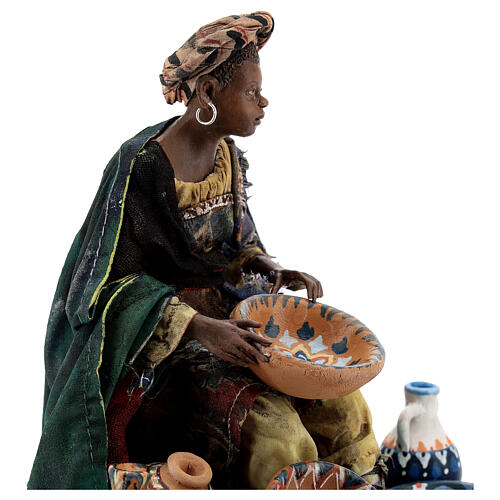 Moor Woman sitting with pottery 18cm Angela Tripi 6