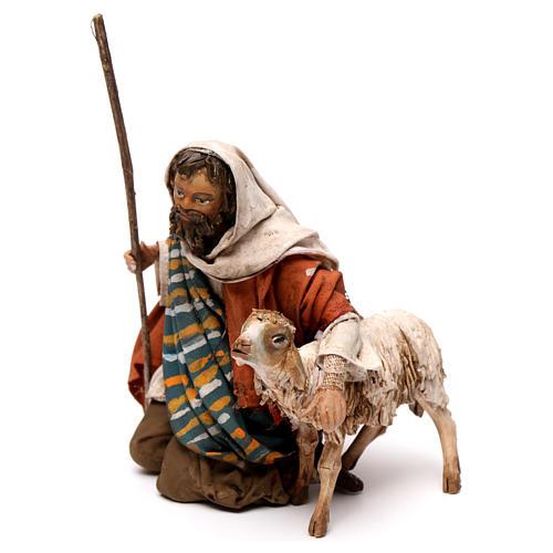 Pastore in ginocchio con pecore 13 cm Angela Tripi 2
