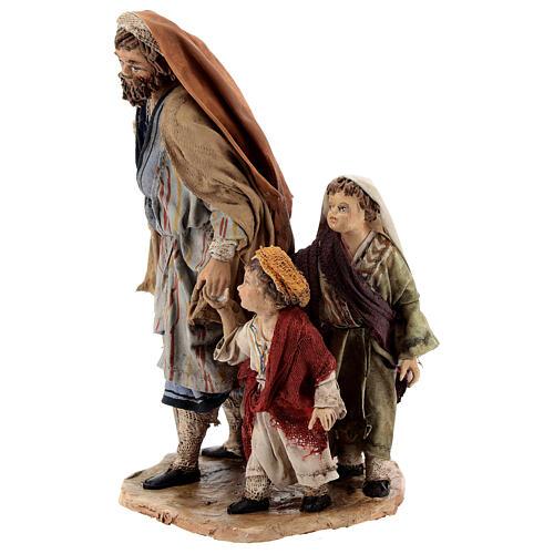 Pastor con dos chicos 13 cm belén Angela Tripi 3