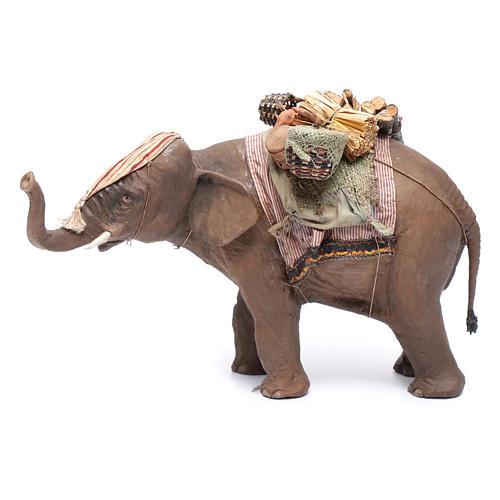 Éléphant avec chargement 13 cm crèche Angela Tripi 1