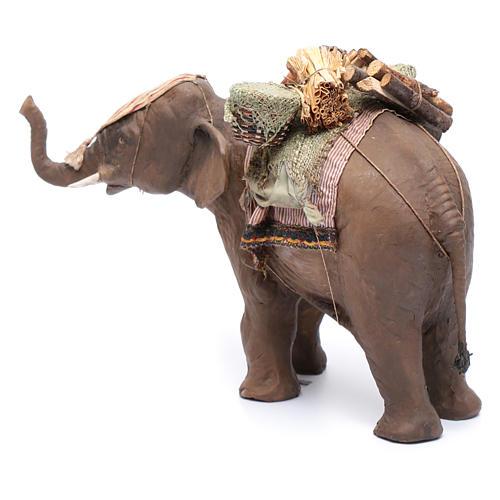 Éléphant avec chargement 13 cm crèche Angela Tripi 2
