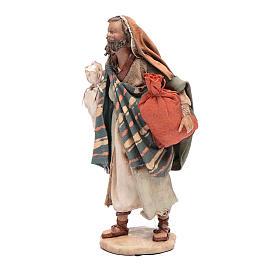 Pastore con sacchi 13 cm presepe Angela Tripi s2