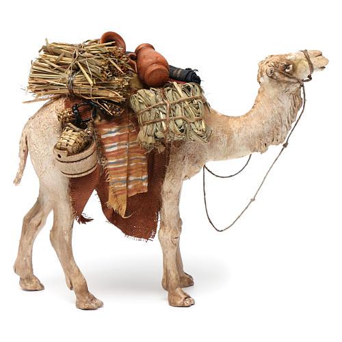 Camello cargado de pie 13 cm belén Angela Tripi 3