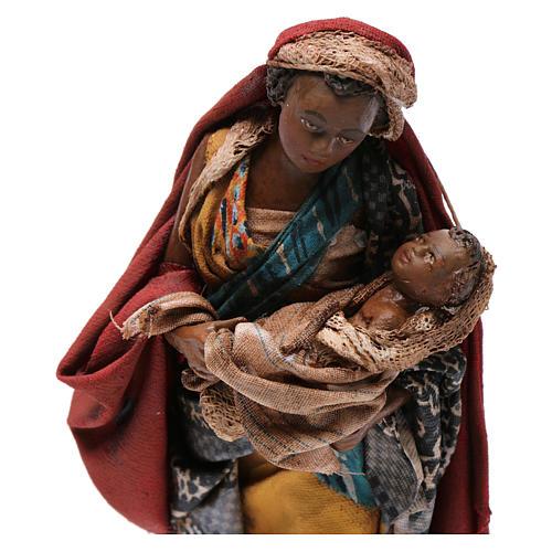 Mujer con niño 13 cm belén Angela Tripi 2