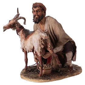 Pastore che munge la capra 30 cm presepe Angela Tripi s3