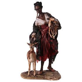 Femme maure avec petit d'antilope 30 cm crèche Angela Tripi s1