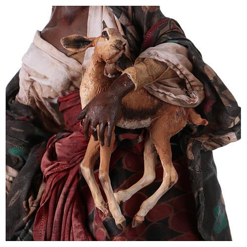 Femme maure avec petit d'antilope 30 cm crèche Angela Tripi 3