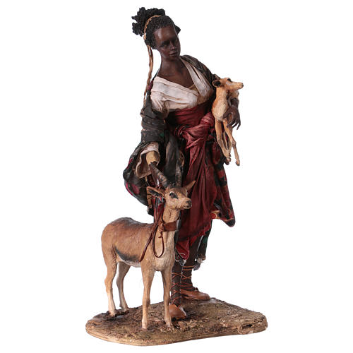 Femme maure avec petit d'antilope 30 cm crèche Angela Tripi 5