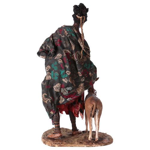 Femme maure avec petit d'antilope 30 cm crèche Angela Tripi 7