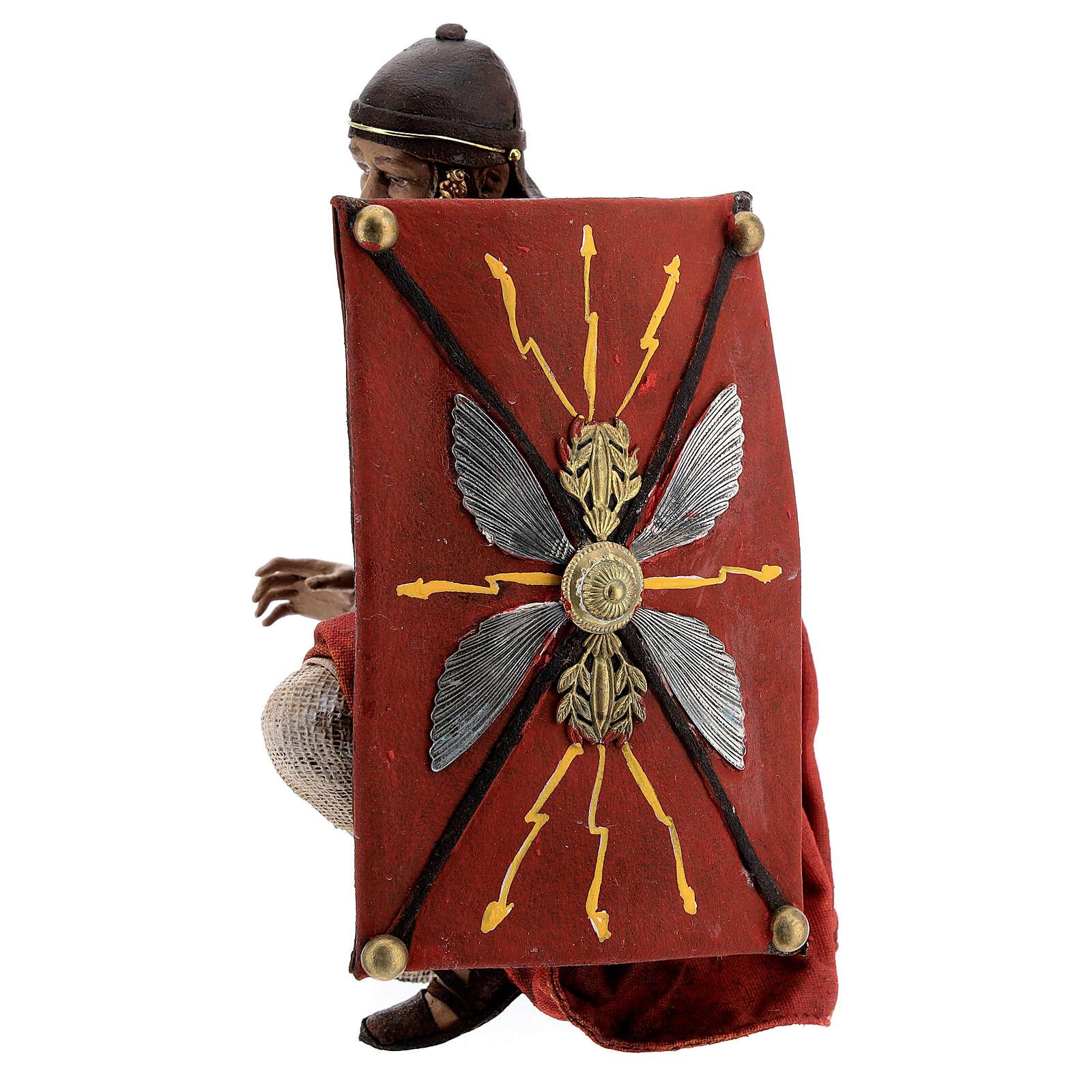 Soldats romains qui jouent aux dés 18 cm crèche Tripi 4