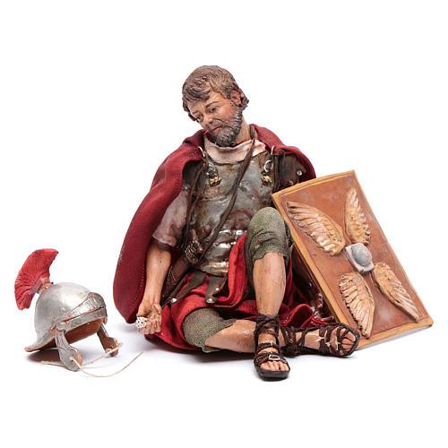 Soldati romani che giocano ai dadi 18 cm presepe Tripi 5