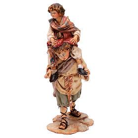 Scena pastore con pecora e bambini presepe 18 cm Angela Tripi s4