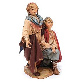 Scena pastore con pecora e bambini presepe 18 cm Angela Tripi s6