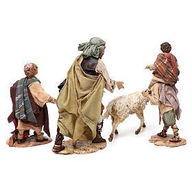Scena pastore con pecora e bambini presepe 18 cm Angela Tripi s8