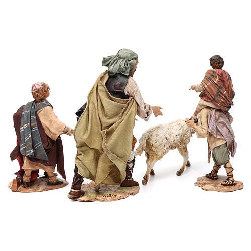 Scena pastore con pecora e bambini presepe 18 cm Angela Tripi 8