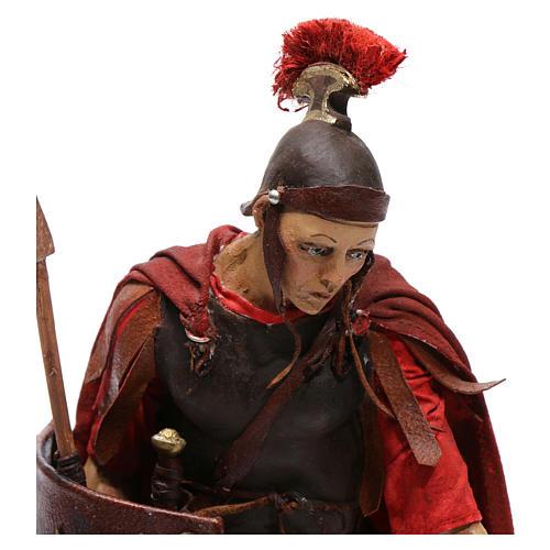 Soldato romano chinato 18 cm Angela Tripi 2
