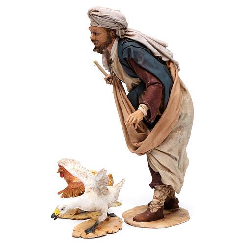Pastore che caccia l'oca presepe da 30 cm Angela Tripi 3