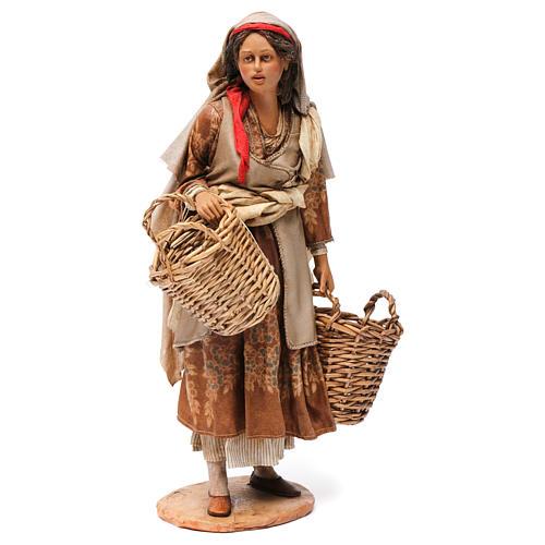 Pastorella con cesti vuoti Presepe Angela Tripi 30 cm 1