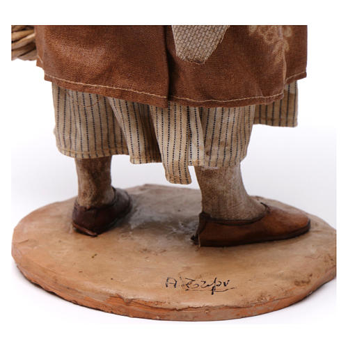 Pastorella con cesti vuoti Presepe Angela Tripi 30 cm 6
