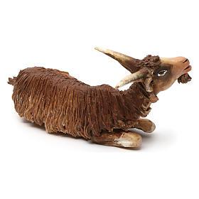 Chèvre allongée pour crèche 18 cm Angela Tripi s2