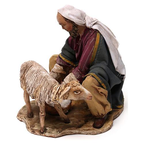Pastore che munge terracotta 13 cm Angela Tripi 2