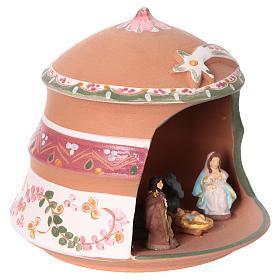 Capannina con natività 4 cm in terracotta Deruta con decorazioni rosa 10x15x15 cm  s2