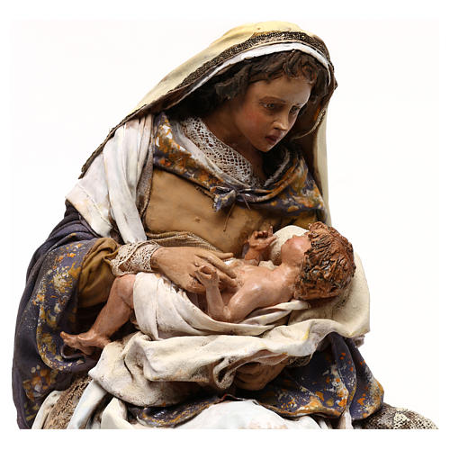 Angela Tripi nativity: Mary hugging The Child 30 cm 2