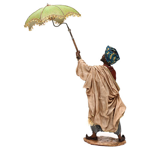 Nativity scene servant with umbrella, 30 cm by Angela Tripi 7
