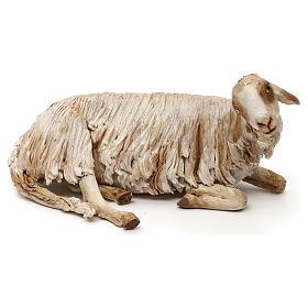 Mouton allongé pour crèche de 30 cm Angela Tripi s1